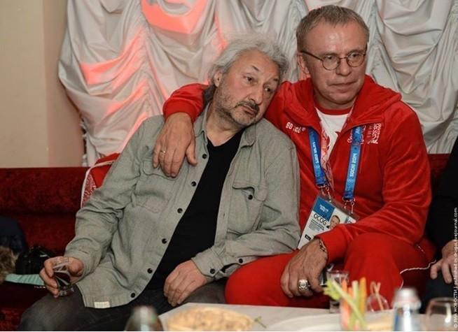 Личные связи или как продать советского хоккеиста первый трансфер Фетисова в NHL